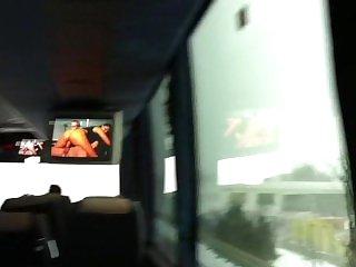 В автобусе,Реальное,Брюнетки