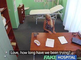 Блондинки,Подглядывание,Доктор