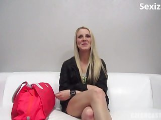 sexiz.net - 4781-czechcasting 14 12 02 veronika 5599 xxx 720p mp4 ktr-cc.14.12.02.veronika.5599.mp4