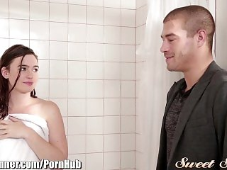 SweetSinner Passion in the Shower