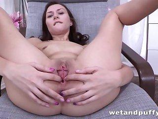 Порно оргазм,Порно мастурбация,Порно брюнетки