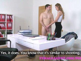 В офисе,Минет,Оргазм