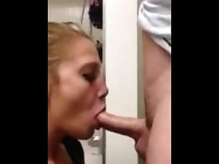 State Smokes- Deepthroat Goddess gives Amazing Blowjob for Big Cock