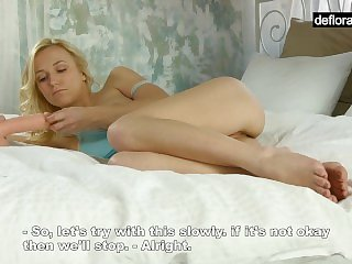 Blonde Anna breaks her virginity with a dildo