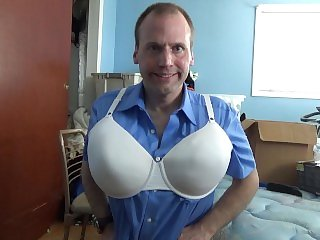 FAGGOT SHOWING OFF HIS 40DD