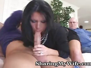 Milf Has Rocking Ass And Sharing Her Pussy