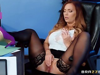 Brazzers - She's Underpaid but she's gonna get a dick bonus