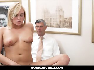 Блондинки,Подглядывание,Мастурбация