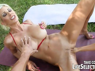 POV blowjob with Sandy and Puma Swede