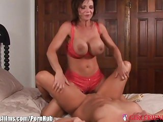 GirlfriendsFilms Real Lesbian Cougars Tribbing